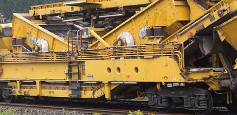 Track replacement machine - Photo: Plasser & Theurer