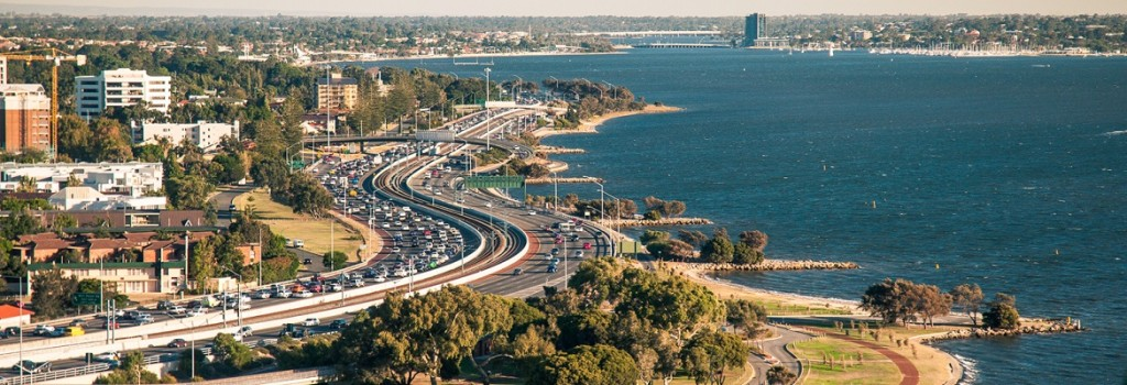 Kwinana Freeway. Photo: Creative Commons / Arno Kohlem