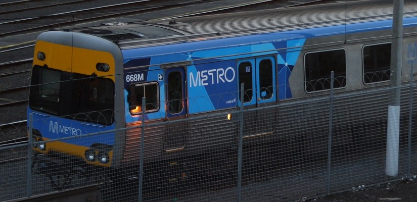 Metro Trains Comeng EMU. Photo: Zed Fitzhume / Creative Commons