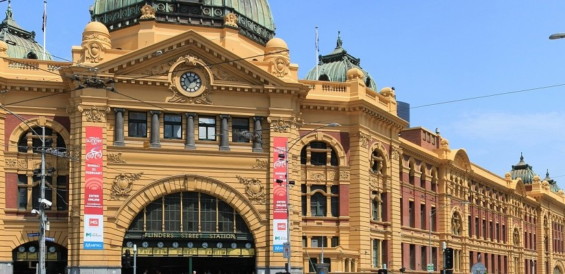 Flinders Street Station, Melbourne. Photo: Creative Commons / Adam J.W.C.