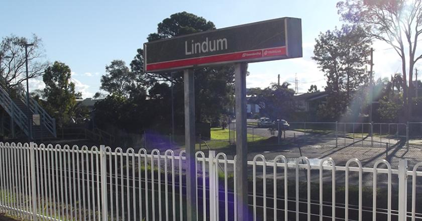 Lindum level crossing